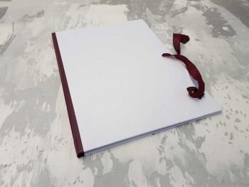 Папка с гребешками, завязки и перфорация, А4, оклейка офсетной бум, корешок 1см ПГМОк1П3