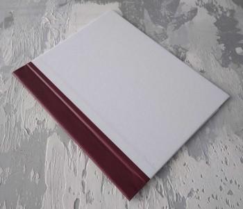 Папка с гребешками, перфорация, книжный А4, оклейка офсетной бум, корешок 3см ПГМОк3П