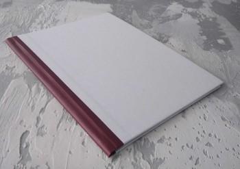 Папка с гребешками, перфорация, книжный А4, оклейка офсетной бум, корешок 2см ПГМОк2П