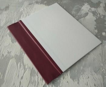 Папка с гребешками, перфорация, книжный А4, оклейка офсетной бум, корешок 7см ПГМОк7П