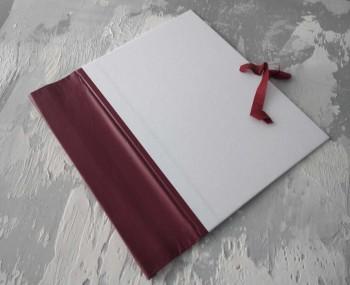 Папка с гребешками, на завязках, ф-т книжный А4, оклейка офсетной бум, корешок 8см ПГМОк8З